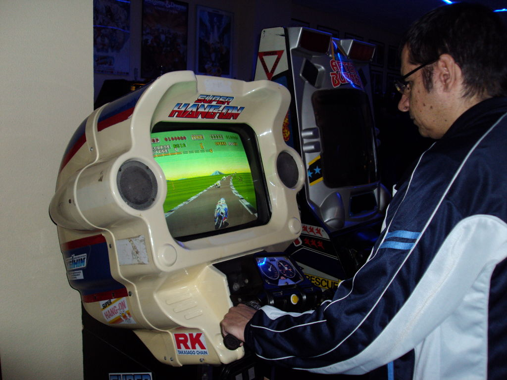 superhangon-arcadevintage